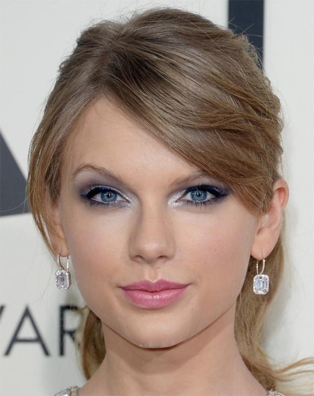 makeup-grammys-2014-claudinha-stoco-6