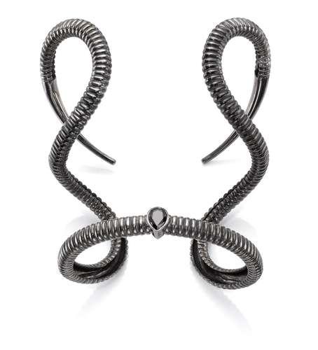 malevola bracelete