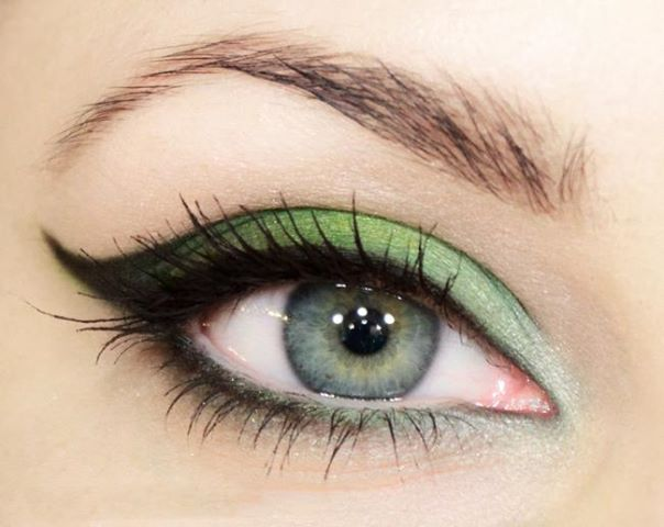 makeup-ideas-for-green-eyes-13